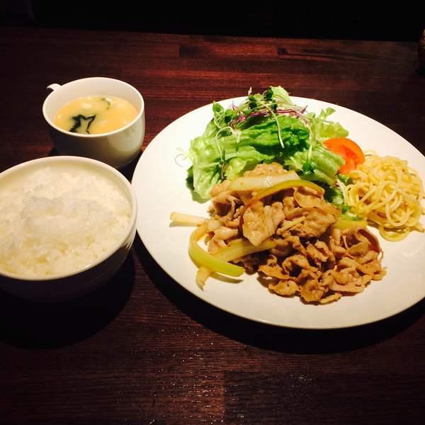豚バラ肉の生姜焼き
