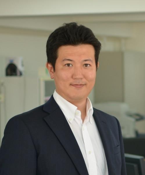 Tsutomu Izawa