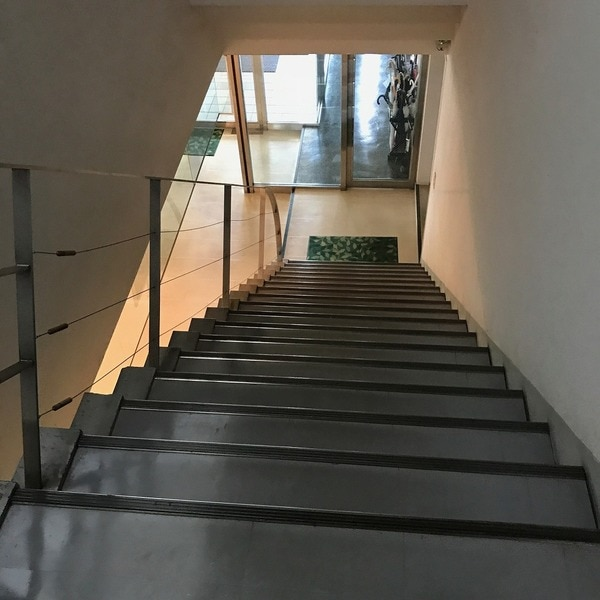 PLENDY西船橋 階段