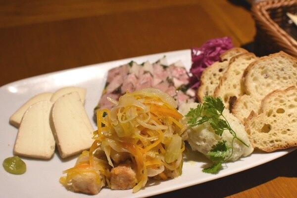 東京オーブン 赤坂 前菜盛り合わせ