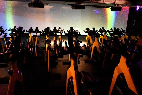 VRサイクル スタジオ全景