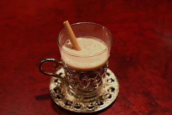 ほうじ茶風味のホット豆乳ラムカウ