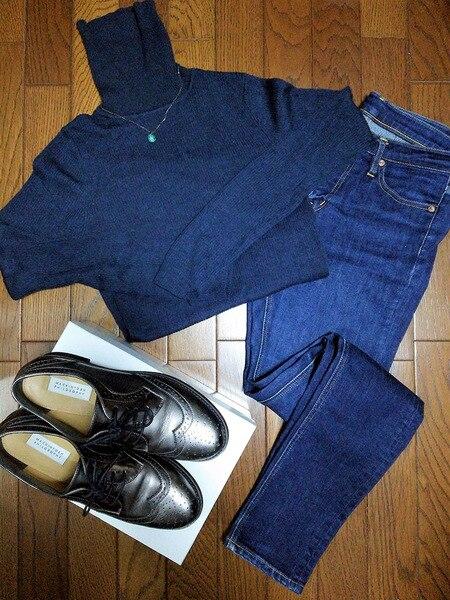 メタリックカラー 靴