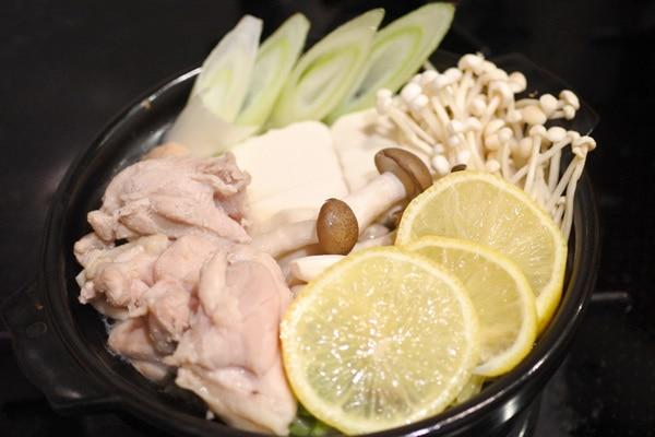 鶏肉のレモン鍋