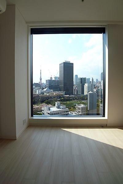 部屋からは東京タワーなど東京の眺望
