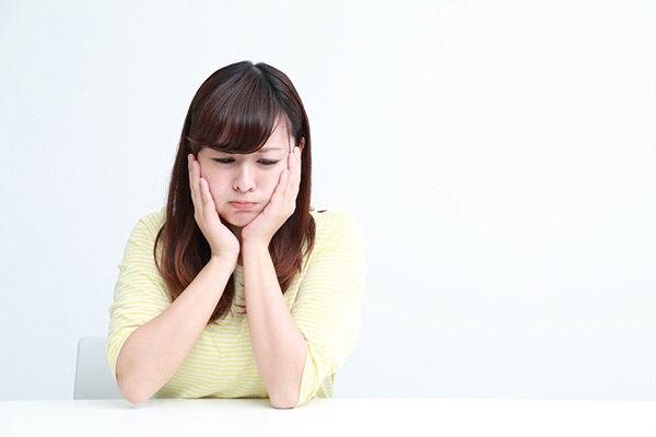 裏側矯正(舌側矯正)が発音や滑舌に影響?矯正方法で違う費用や期間の相場