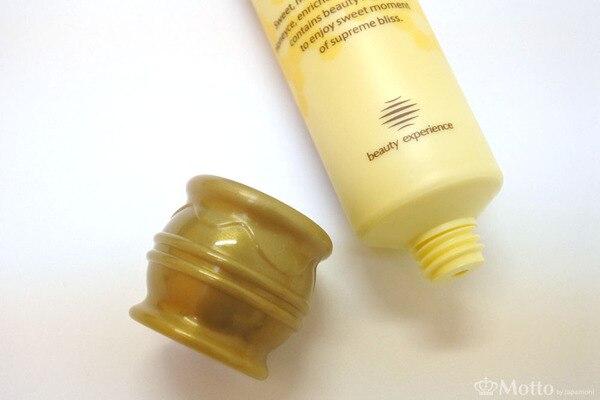 ハニーチェ「ハンドクリーム」のハチミツ壺型のキャップ