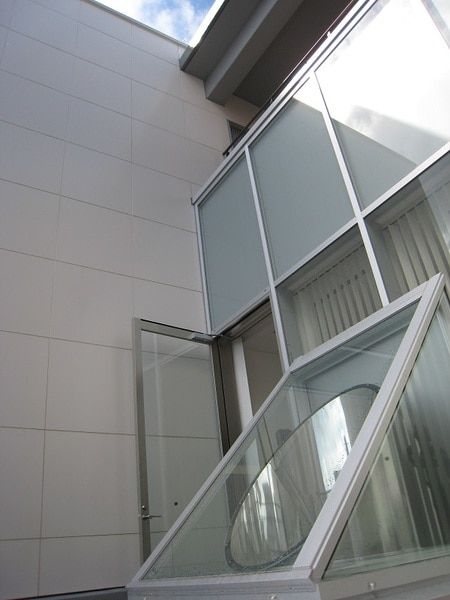 光ダクトの商業施設事例 採光部