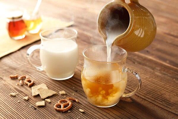 「かりんとはちみつ」のお酒をホットミルクで