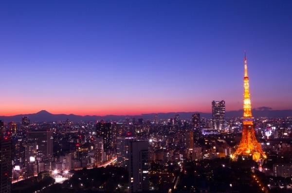 東京タワーと周辺の夜景