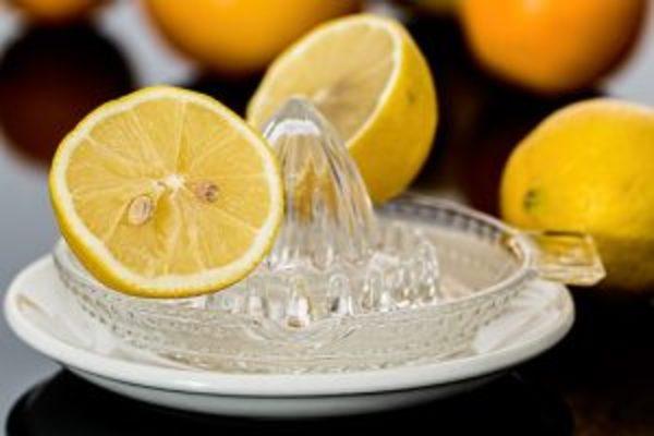 クエン酸たっぷりのレモン