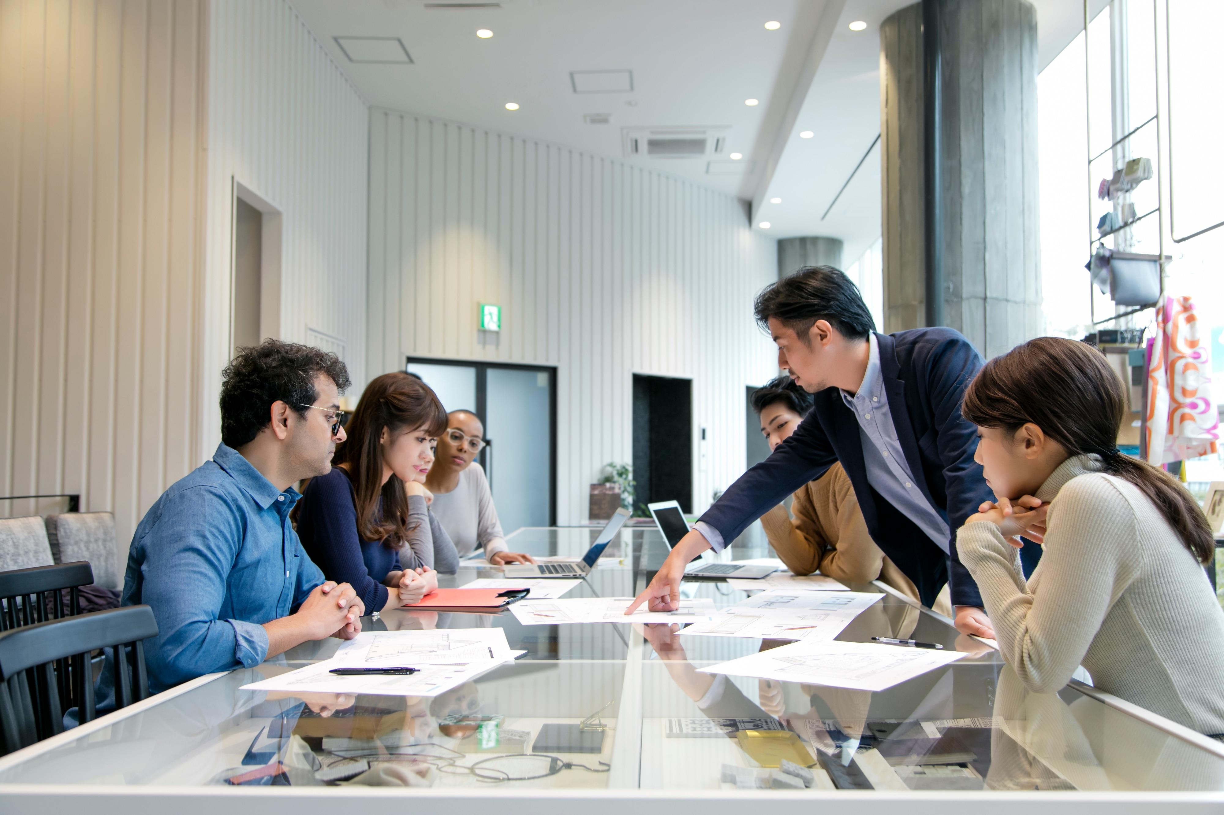初めて産業医を選任する会社必見!産業医の業務内容や探し方のイメージ写真