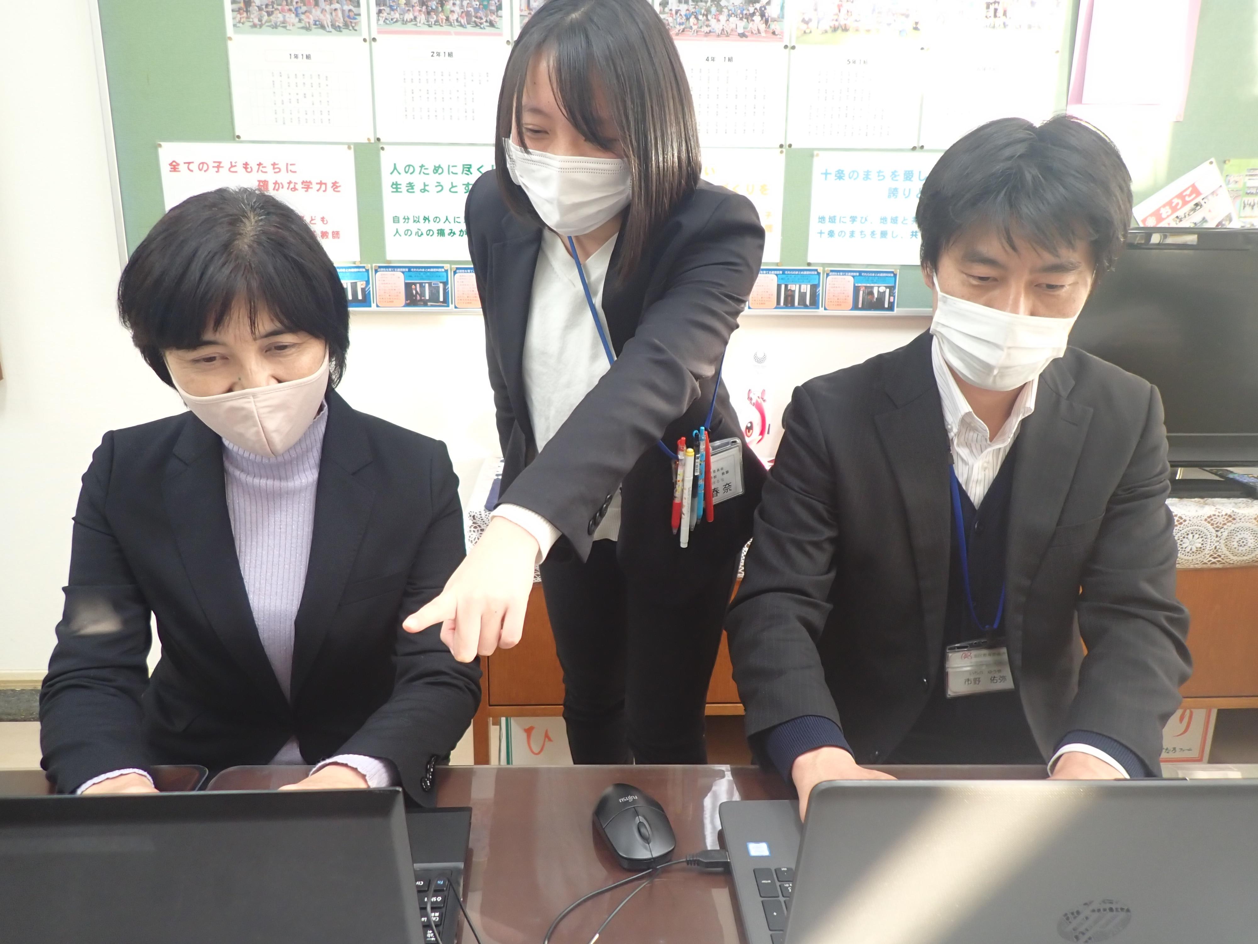 休校 東京 小学校 緊急事態宣言、学校の一斉休校は?大学入試は? 政府が東京などに発令を検討(BuzzFeed