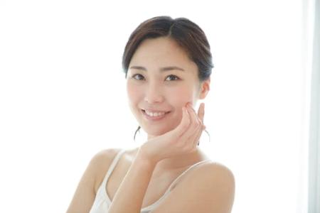 ビタミンC誘導体の美肌効果