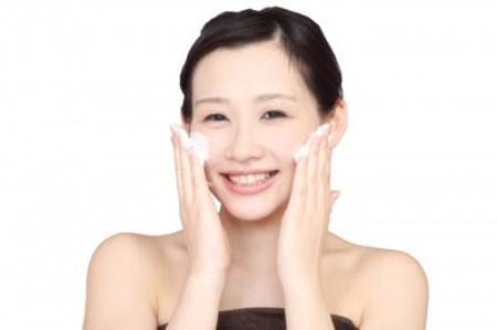 卵殻膜エキス配合洗顔