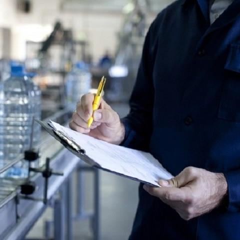 工場での点検・記帳・帳票化